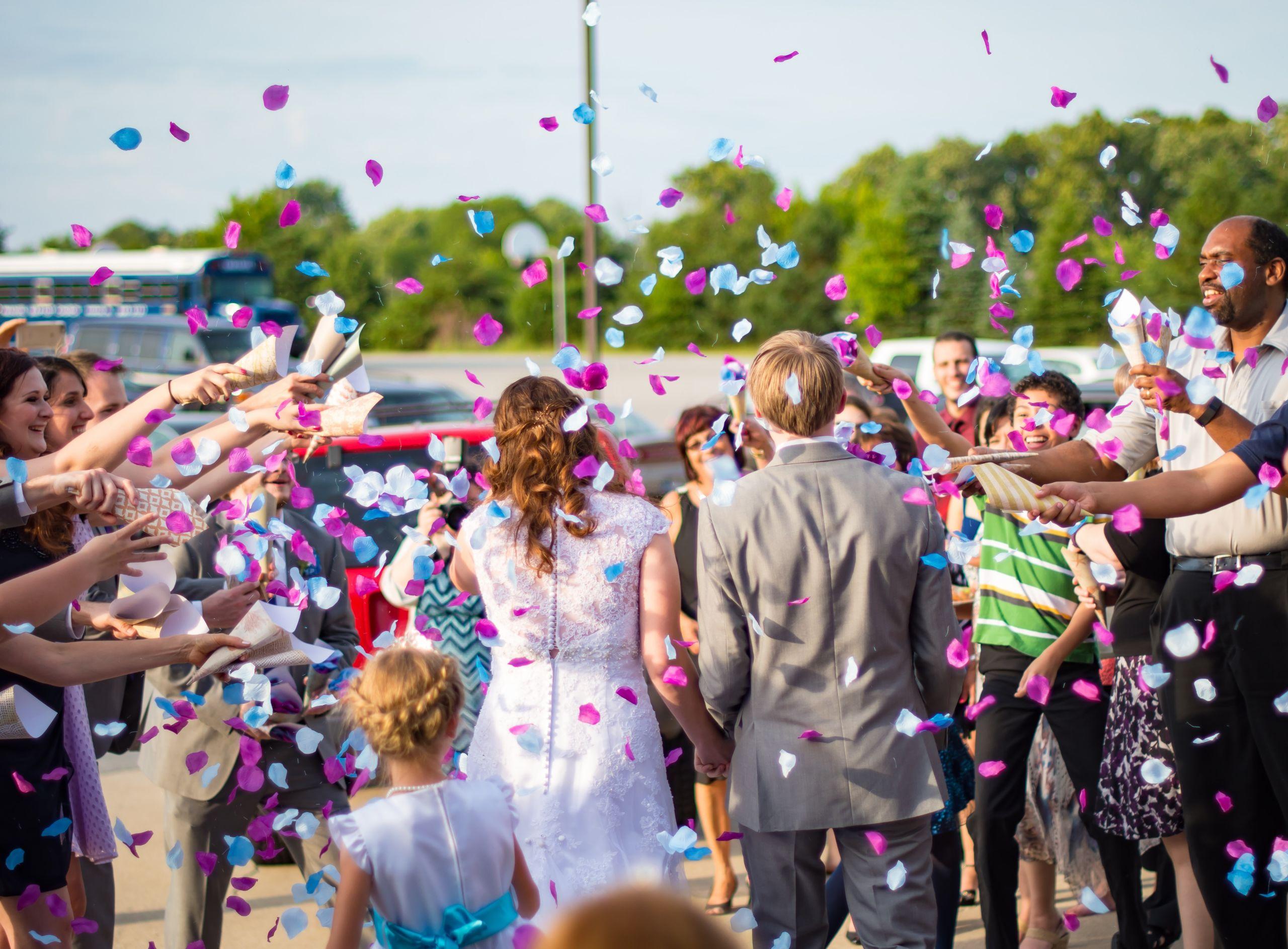 confettis de mariage a bord de peniche